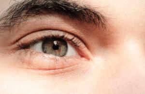 Brown eye closeup